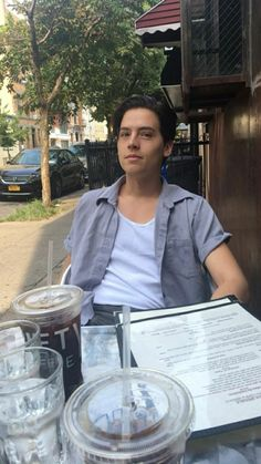 ♥ �♥ �♥ cole spouse, betty and jughead, cole sprouse jughead, dylan sprouse, Cole M Sprouse, Dylan Sprouse, Cole Sprouse Jughead, Riverdale Funny, Riverdale Memes, Riverdale Cast, Vanessa Morgan, Dylan E Cole, Cole Sprouse Wallpaper