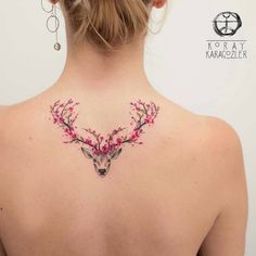 ▷ 1001 + cool and effective cherry blossom tattoo ideas- ▷ 1001 + coole und effektvolle Kirschblüten Tattoo Ideen tattoo meaning, woman with tattoo on the back, deer with antlers from cherry blossoms - Stag Tattoo, Back Tattoo, Tattoo Arm, Wing Tattoos, Crucifix Tattoo, Tatoos, Deer Antler Tattoos, Hairline Tattoos, Ankle Tattoo