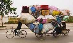 Bicycle removalist.. reminds me asia :D | Shared from http://hikebike.net
