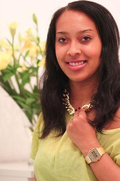 LEMON SHIRT AND GOLD CHAIN www.prizmahfashion.com