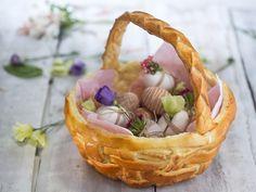 Бон Апети Тестена кошница за великденски яйца