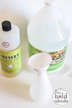 diy shower cleaner: 1/2  Mrs. Meyer's All Purpose Cleaner and 1/2 vingar