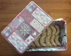 Bezlepkové mandľovo-vanilkové rožky, Drobné pečivo, recept | Naničmama.sk Pot Holders, Gluten Free, Food, Night, Party, Christmas, Ideas, Glutenfree, Fiesta Party