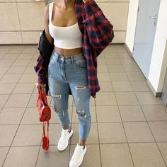 everyday outfits for moms,everyday outfits simple,everyday outfits casual,everyday outfits for women Cute Swag Outfits, Cute Comfy Outfits, Chill Outfits, Mode Outfits, Simple Outfits, Stylish Outfits, Flannel Outfits Summer, Cute Outfits With Flannels, Tomboy Outfits