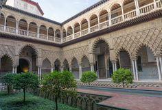 Wat te doen in Sevilla: de beste tips in twee dagen - Reisgenie Valencia, Sevilla Spain, Mansions, House Styles, Places, Tips, Home, Europe, Travel