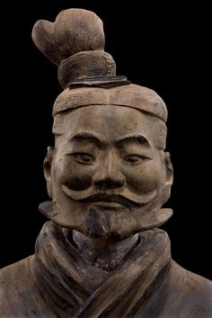 Light infantryman, Qin dynasty (221-206 BCE), Terracotta, Excavated from Pit 1, Qin Shihuang tomb complex 1980, Image from the Qin Shihuang's Terracotta Warriors and Horses Museum, ©Photograph by Xia Juxian and Guo Yan