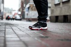 Air Jordan XI Bred