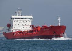 http://koopvaardij.blogspot.nl/2017/07/7-juli-2017-op-de-westerschelde-bij_9.html    VENEZIA D.  Bouwjaar 1998, imonummer 9150327, grt 6875  Manager Maritime Performances B.V., Barendrecht