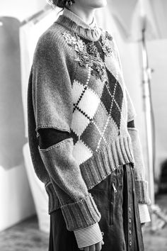 'This jumper draws upon the concept of heirlooms: a young woman taking treasured paste pieces from her grandmother's jewellery box and densely hand-embroidering them onto her father's cherished sweater. Knitwear Fashion, Knit Fashion, Cool Sweaters, Sweaters For Women, Argyle Sweaters, Alexander Mcqueen, Pull Jacquard, Lookbook, Fashion Seasons