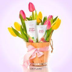 """Apostamos a que a mamá le encantará este ramo de """"flores"""". #Cuidado #Hidratación #Manos #Suavidad"""