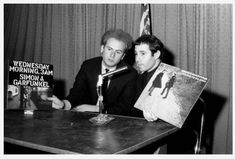 Simon Garfunkel, Tom And Jerry, Music Stuff, Rock N Roll, Musicians, Cool Pictures, People, Entertaining, Rock Roll