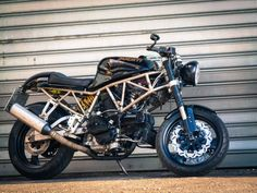 The DuC - 1993 Ducati 750SS Cafe Racer