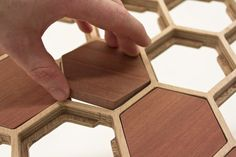 Wooden Table with Unique Surface of Honeycomb Pattern This unique coffee table designed by Sam Stringleman, based in the idea to make a table with support Unique Coffee Table, Coffe Table, Coffee Table Design, Drawing Furniture, Metal Furniture, Wood Resin Table, Wooden Tables, Hexagon Pattern, Honeycomb Pattern