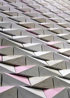 Sushi teria restaurant by form ula, New York store design Restaurant New York, Restaurant Design, Facade Design, Wall Design, Espace Design, Motifs Textiles, Triangular Pattern, Facade Architecture, Architecture Images