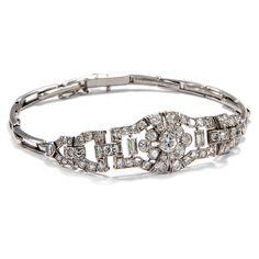 Am Puls der Zeit - Edles Platin-Armband des Art Déco mit 3,40 ct Diamanten, um 1930 von Hofer Antikschmuck aus Berlin // #hoferantikschmuck #antik #schmuck #antique #jewellery #jewelry