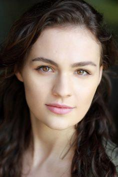 Rachel Clark, heroine of Seeking His Love (Sophie Skelton)