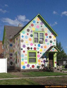 Píntame la casa con colores alegres   Risa Sin Más