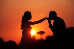 Silhouette in sunset... Location : Parco Virgiliano, Napoli giochi di luce col sole