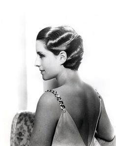 Norma Shearer (can't believe how much I resemble an Old Hollywood star!)