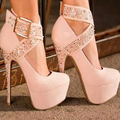 ooh ooh!! gorgeous belted high pumps