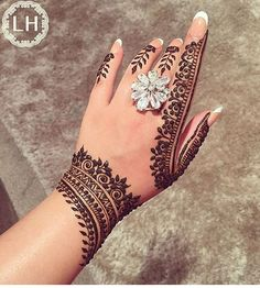 Mehndi Desing, Mehndi Style, Mehndi Art Designs, Latest Mehndi Designs, Henna Tattoo Designs, Tattoo Ideas, Hena Designs, Simple Henna Tattoo, Mehndi Tattoo