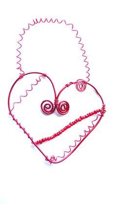 Herz-Dekoration rot aus Draht als Wandschmuck  von Modeschmuckstübchen Andrea auf DaWanda.com
