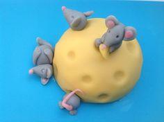 muizentaart echte 'cheesecake' how to in deze cursus: http://taartenacademie.nl/cursus-boltaartje-decoreren/