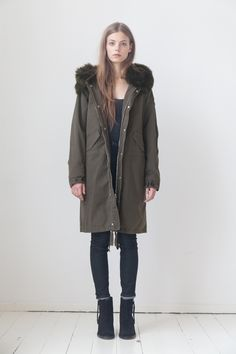 LEMPELIUS Fall Winter 2015 16 Women Dark olive parka with lamb fur hood