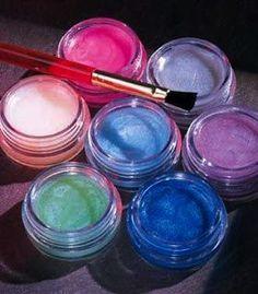 Aprenda a fazer seu próprio hidratante labial com cor ! – Ideias de Menina – tudo sobre o universo feminino