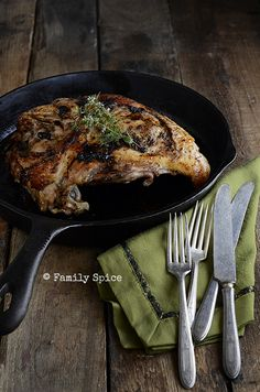 Thanksgiving for Two? Roast Turkey Breast with Black Garlic Butter - Family Spice Cooking Thanksgiving Turkey, Thanksgiving Leftover Recipes, Happy Thanksgiving, Leftovers Recipes, Turkey Recipes, Garlic Recipes, Savoury Recipes, Healthy Recipes, Dinner Party Recipes