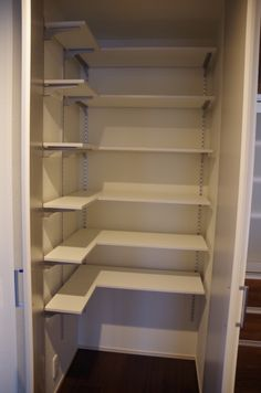 Pin by noriko suzuki on キッチン Pantry Shelving, Cupboard Storage, Shelves, Pantry Room, Pantry Closet, Kitchen Organization Pantry, Diy Kitchen Storage, Organization Ideas, Kitchen Pantry Design