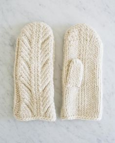Looking for an easy knit mitten pattern that's a bit more unique than plain old stockinette stitch? The Ancient Stitch Mittens are what you need. Knitted Mittens Pattern, Crochet Mittens, Knit Or Crochet, Knitting Patterns Free, Free Knitting, Free Pattern, How To Knit Mittens, Purl Bee, Baby Mittens