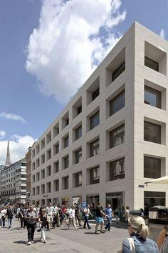 David Chipperfield /// Peek & Cloppenburg Flagship Store @ Vienna, Autriche