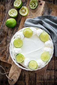 No bake key lime pie - Brenda Cooks! Cake / Cake and Cookies- No bake key lime pie – Brenda Kookt! Cake/Taart en Koekjes Certainly in the summer you don& feel like turning on the oven … - A Food, Good Food, Food And Drink, Baking Bad, Gluten Free Donuts, Digestive Biscuits, Egg Sandwiches, Key Lime Pie, Graham Crackers