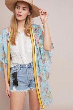 The prettiest kimonos. Round up of the prettiest kimonos for spring and summer. Gorgeous floral kimonos and affordable kimonos for every season. Cute Kimonos, Fashion Outfits, Womens Fashion, Fashion Tips, Fashion Clothes, Summer Outfits, Cute Outfits, Trendy Swimwear, Clothes For Women
