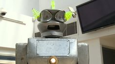 BBC News - 1950s robot Cygan smashes auction estimate