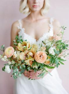 Fresh Neutral Greenery Bouquet | Heather Nan Photography | http://heyweddinglady.com/bourbon-sage-fresh-fall-wedding-colors/