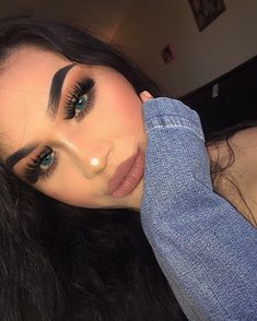 """3,952 Likes, 65 Comments - @bby.ruthh on Instagram: """"•Eyebrows @anastasiabeverlyhills pomade in granite •Pallete from @morphebrushes in 350M •Lashes…"""""""