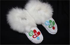 Check out these 2015 Pan Am & Parapan American Games Moccasins!! Cant wait for 2015!!! #NDN #Native #RocYourMocs