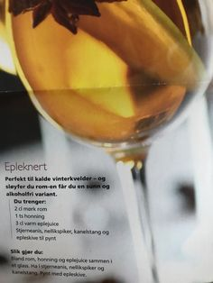 Alcoholic Drinks, Wine, Glass, Food, Drinkware, Alcoholic Beverages, Corning Glass, Eten, Meals