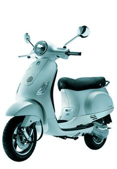 I just think nothing could be better than riding a powder blue vespa in the sun.  Unless I was riding said powder blue vespa in the sun in France.