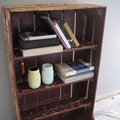This is DIY pallet bookcase made from recycled pallets a very realistic yet easy to make pallet product in your house with your own arms. Pallet Crates, Pallet Shelves, Wooden Pallets, Pallet Wood, Recycled Pallets, Pallet Furniture Plans, Pallet Furniture Designs, Diy Furniture, Pallet Designs