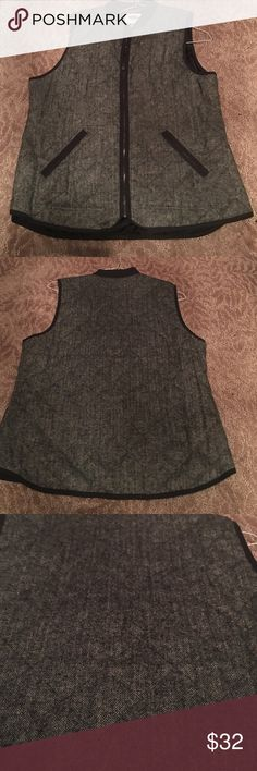 NEW grey quilted vest from old navy Brand new without tags! Old Navy Jackets & Coats Vests