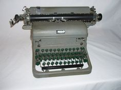 Penny's typewriter that she uses to write novels.