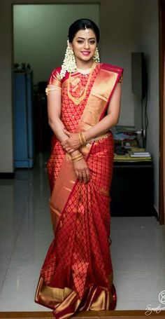 67 Best Ideas For South Indian Bridal Wear Saris Bridal Sarees South Indian, Bridal Silk Saree, Indian Bridal Fashion, Indian Bridal Wear, South Indian Bride, South Indian Weddings, Kerala Bride, Hindu Bride, Marathi Bride
