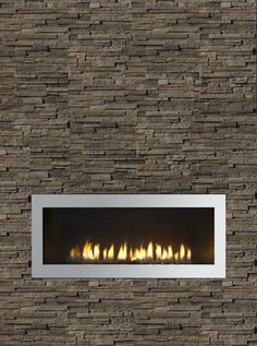 Who says stone can't be in a modern or contemporary setting? Many think, that stone may not belong in a modern or contemporary setting, BUT… Linear Fireplace, Fireplace Wall, Fireplace Design, Fireplace Ideas, Modern Contemporary, Contemporary Fireplaces, Hearth And Home, Home Technology, Minimalist Decor