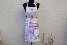 Kochutensilien - Küche Schürze Kochen Backen rosa weiß grau Rosen - ein Designerstück von trixies-zauberhafte-Welten bei DaWanda
