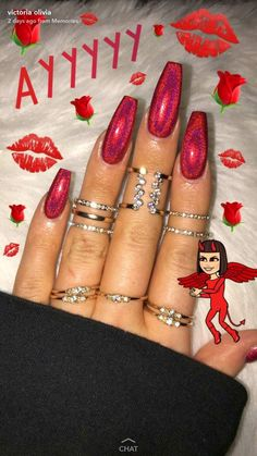holiday nails Red chrome nails perfect for the holidays Gorgeous Nails, Pretty Nails, Cute Red Nails, Red Chrome Nails, Crome Nails, Red Acrylic Nails, Red Glitter Nails, Nagel Gel, Super Nails