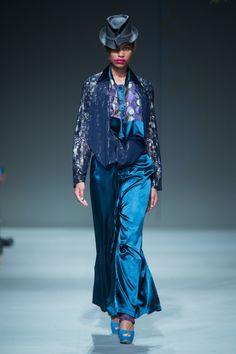 Clive Rundle Spring/Summer collection 2015  SA Fashion Week.  Source: safashionweek.co.za