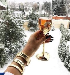 Happy Valentine's day 💞 uploaded by Sophie 🥀 on We Heart It Millionaire Lifestyle, Luxury Lifestyle, Cartier, Rolex, Swarovski, Luxe Life, Ootd, Its Cold Outside, Trendy Jewelry